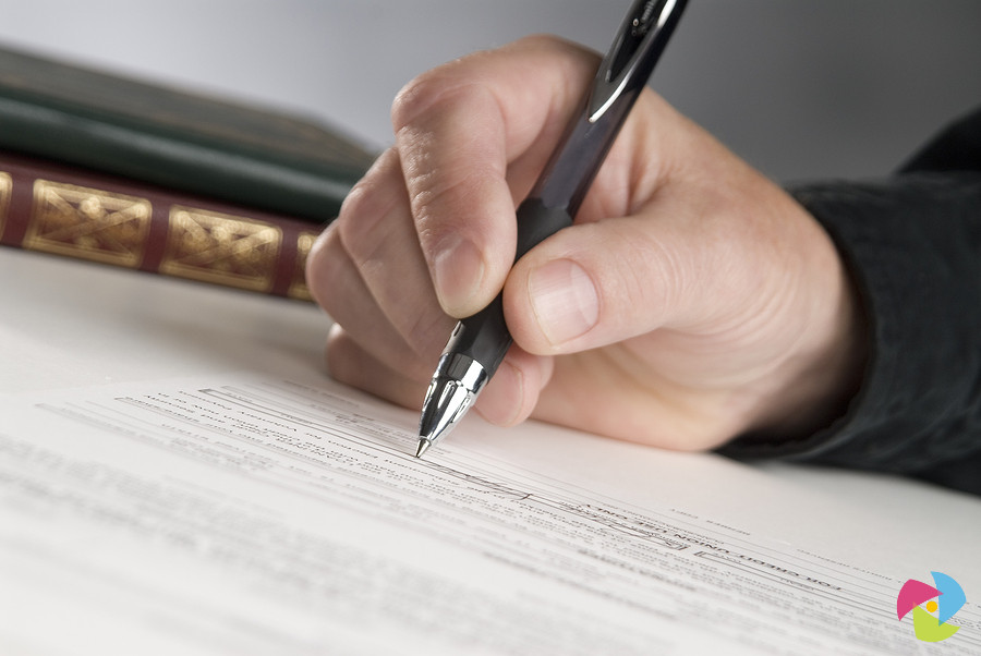insurance law essay questions Business law 5 questions tort (negligence and negligent misstatement)(one problem question, one essay type) insurance law (duties of both parties).