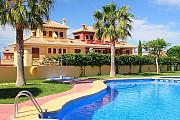 Недвижимость в Испании, Таунхаус с видами на море в Бенидорм, Коста Бланка, Испания Benidorm