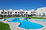 Недвижимость в Испании, Новый бунгало от застройщика в Торревьехе, Коста Бланка, Испания Torrevieja