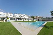 Недвижимость в Испании, Новые бунгало рядом с пляжем от застройщика в Торре де ла Орадада Pilar de la Horadada
