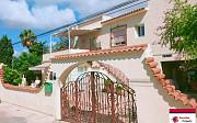 Продается вилла с большим количеством возможностей в Альбир Alicante
